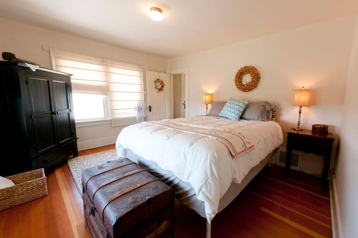 Southwest bedroom--Views of both the mountains and over the sourthern pasture and farm land