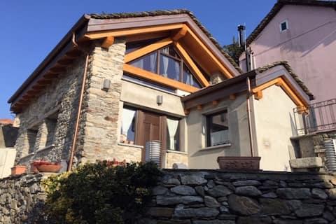Charmingly renovated stone house around Orta Lake