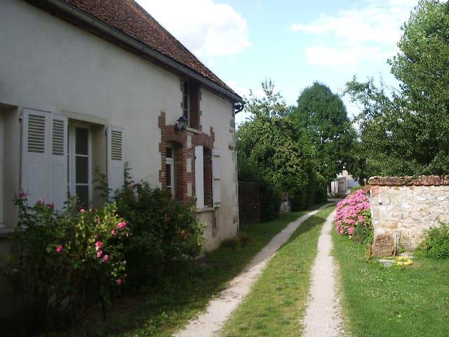 Jolie petite maison en Champagne