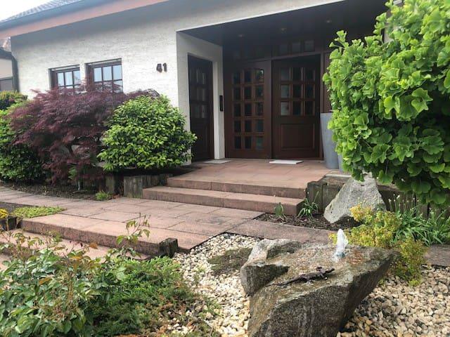 Schönes 1-Zimmer Apartment im Weinort Duttweiler