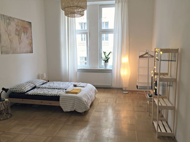 Sunny Apartment near University and City Center