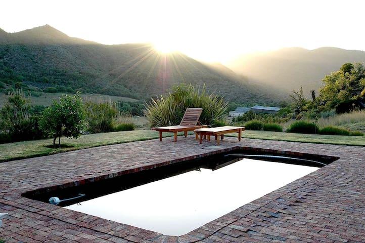 Retreat at Groenfontein - guest house