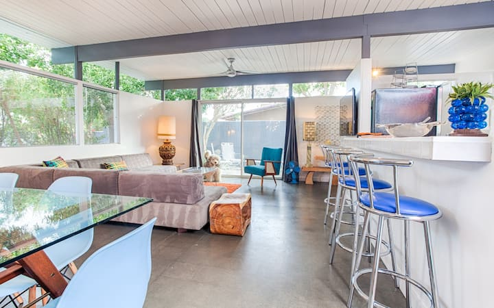 1 br part of new mid century marvel - Suite 3