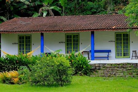 Mamanguá Beach Hostel - Privativo - Bed & Breakfast