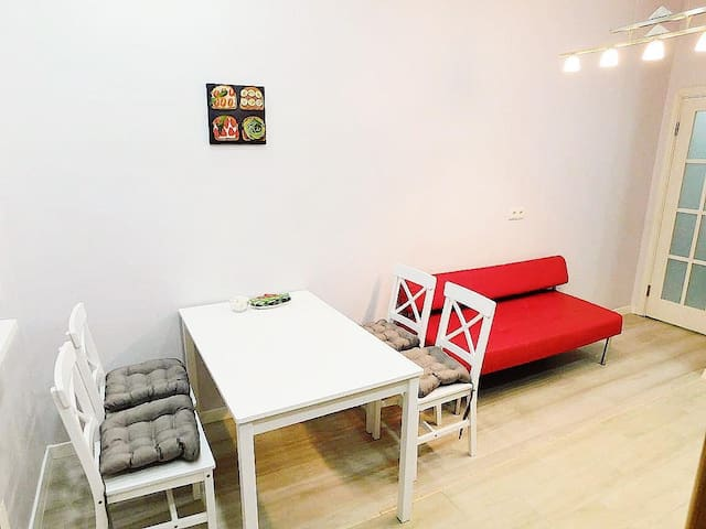 Cozy and lightful apartment near Mega Center Mall