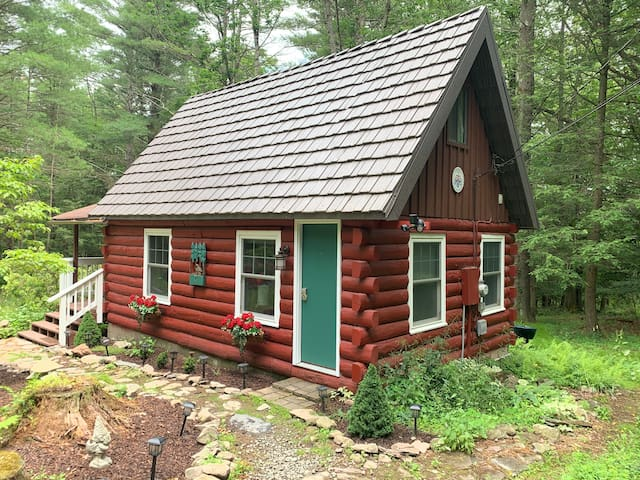 🌲Norwegian Cabin in the Poconos, Calm, Hiking🌲