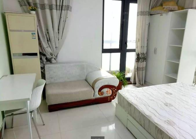 交通便利 温馨卧室 房屋舒适干净 - Zhengzhou Shi - Ház