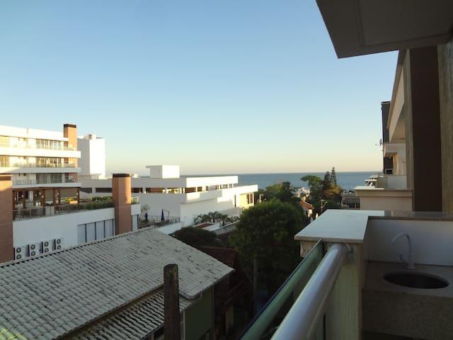 Aconchego e encanto com vista para o mar