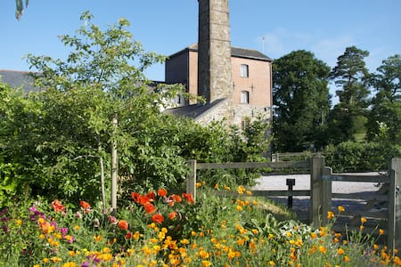 Charming Grade II Listed Mill - Devon