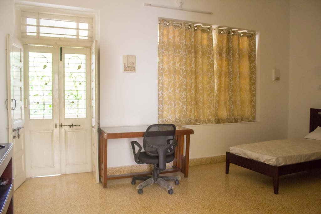 The Room Size is 17 x 14 ft Ceiling Height : 25 ft Opening to private veranda