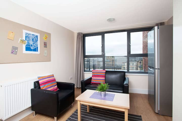 Private Two Bed Flat - Classic