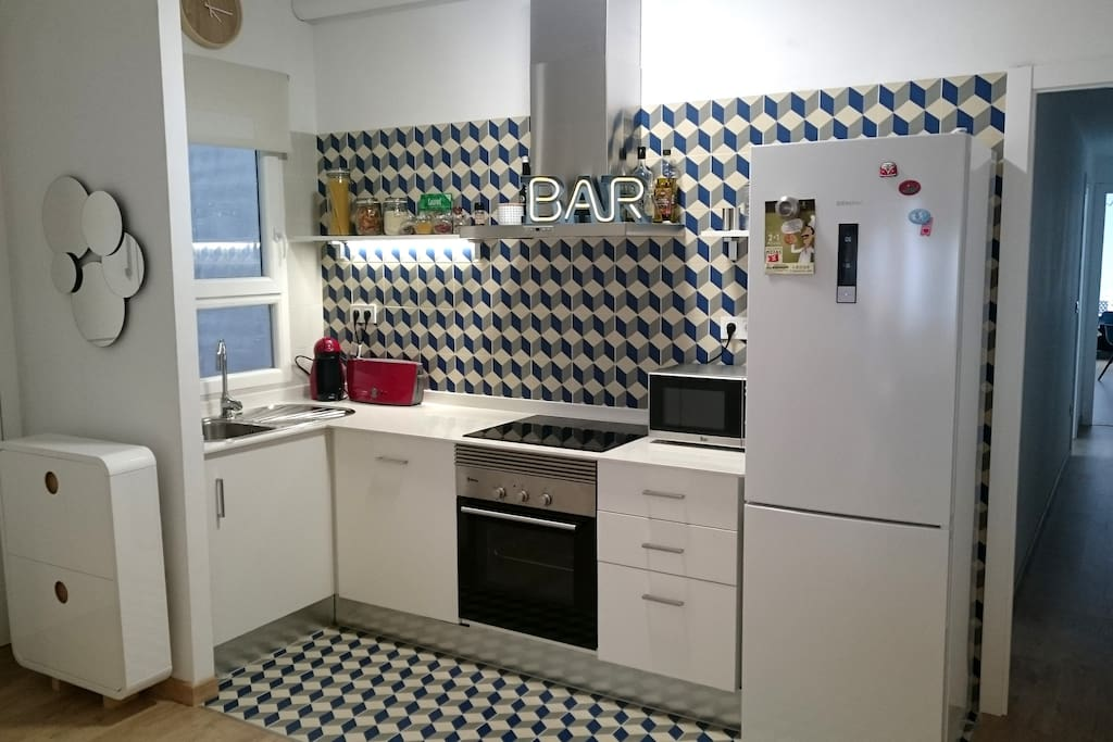 City center terrace apartment with design touch for Design apartment milano city center duomo