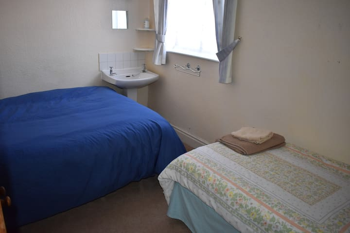 Room 7 Triple  Room Three Piers Guest House