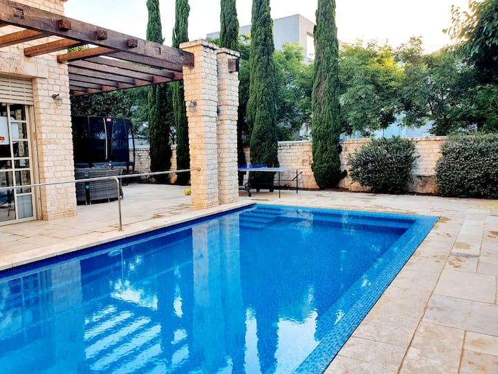 Perfect Summer Villa in Caesarea