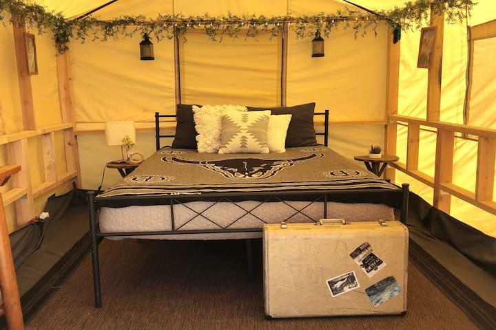 Escape to the Howlin' Wolf Safari Tent