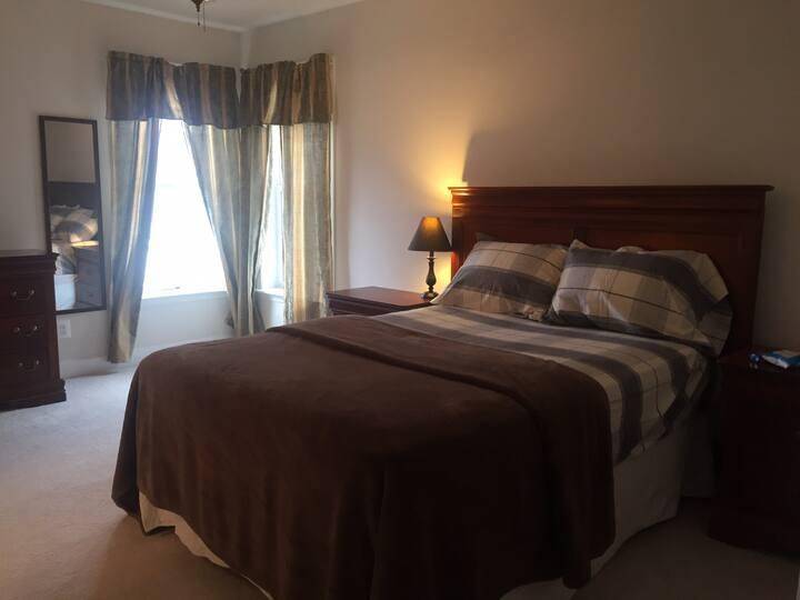 Mini Master Bedroom #4