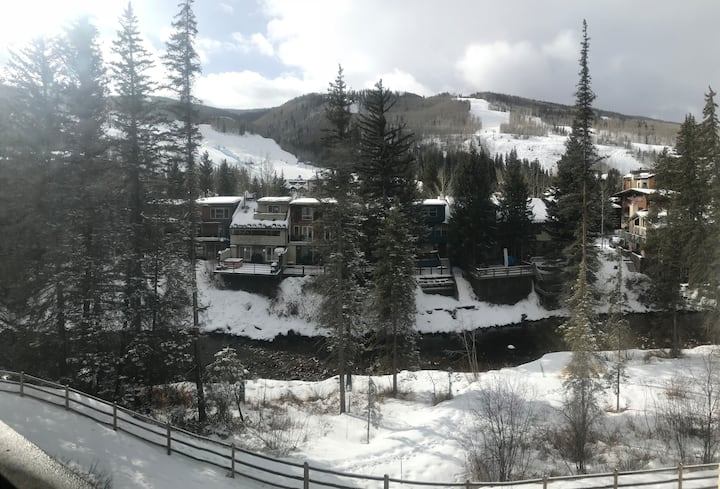 Vail Condo on Gore Creek, lifts/village 5min walk