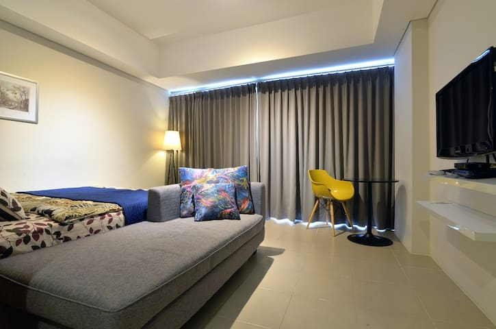Spacious and budget friendly unit - Pesanggrahan - Daire