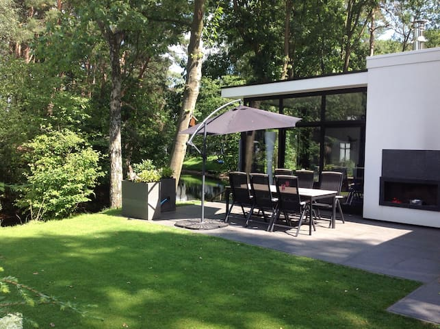 Luxury Holiday Home at Otterlo  Lovely place to be