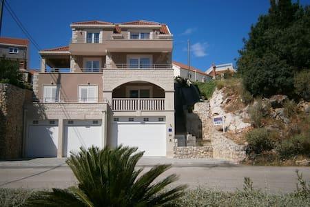 Lovely Studio Apartment TONI 1, near Dubrovnik - Čibača
