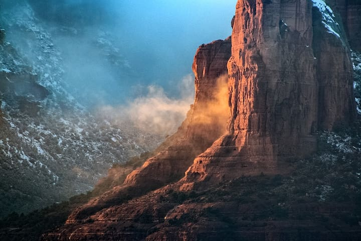 Come and Experience the magic or the red rocks at Zentricity !