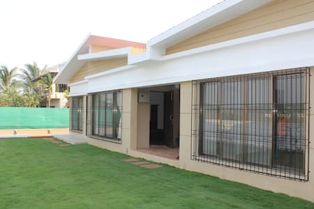 JenJon Holiday Homes - Nagaon, Alibaug