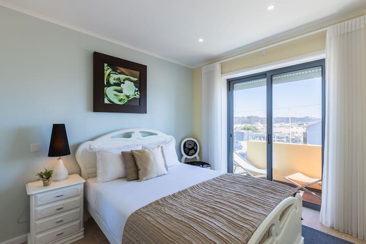 Bedroom 2 with Double-Bed, Wardrobe and  Balcony with Sea View