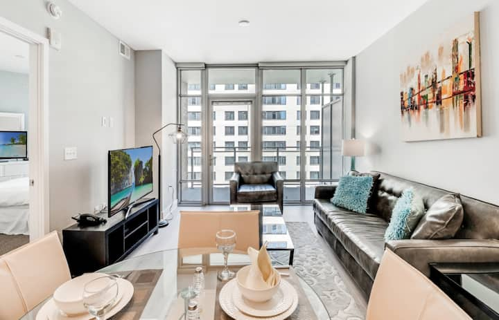 Deluxe 1BR Apartment | Downtown Bethesda | by GLS