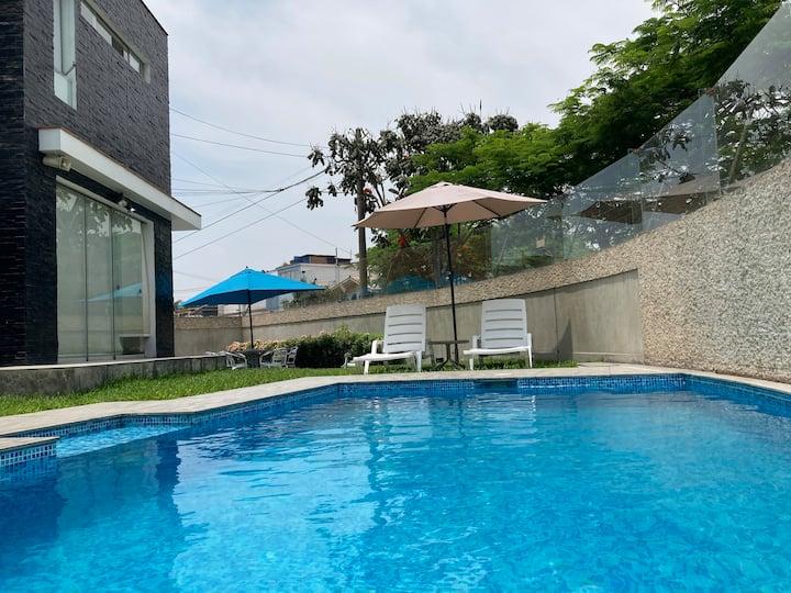 La Molina piscina privada