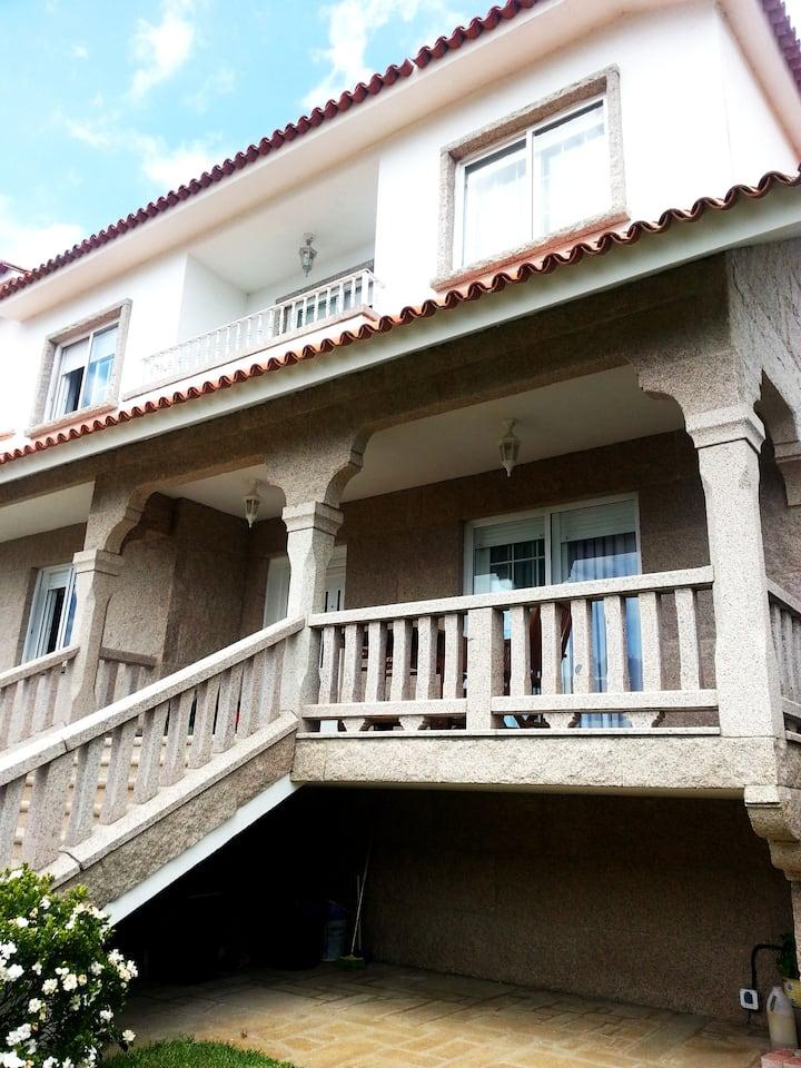 Apartamento Sanxenxo, frente playa areas.