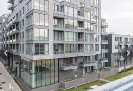 Luxury Condo with Balcony in OLD PORT Montreal - Montréal - Condominium