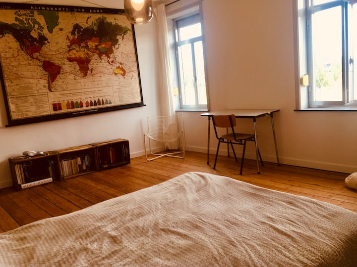 Spacious and sunny room in shared house in Leuven