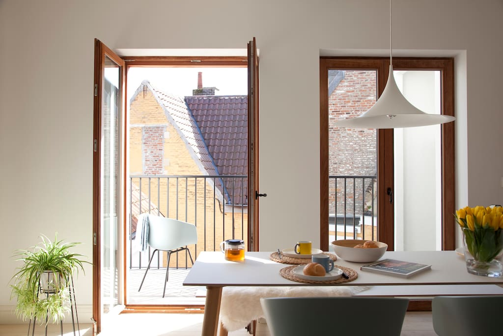 Top new stylish apartment heart historic gent for Design appartement gent