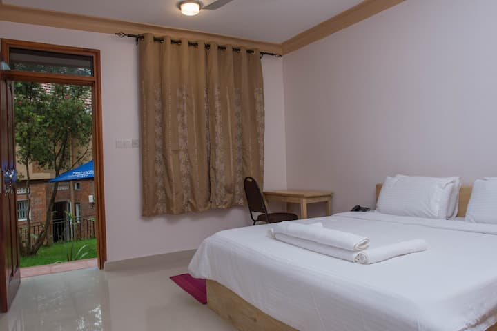 Explorers Hub Premium Room 2