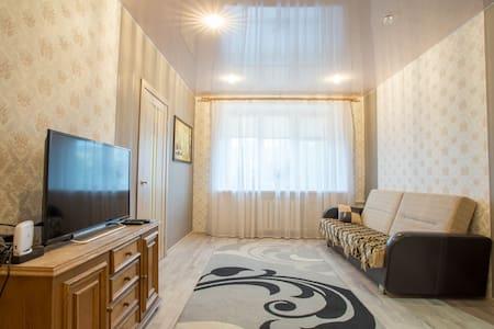 2ух-комнатная кв. в Минске на пл. Якуба Коласа - Minsk - Apartamento