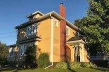 Executive Victorian Home Basement Suite.