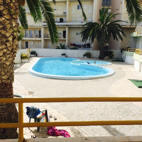 Apartment 5* with swimming pool 50m from the beach