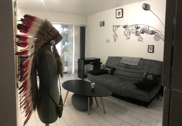 Studio type loft design bord de mer
