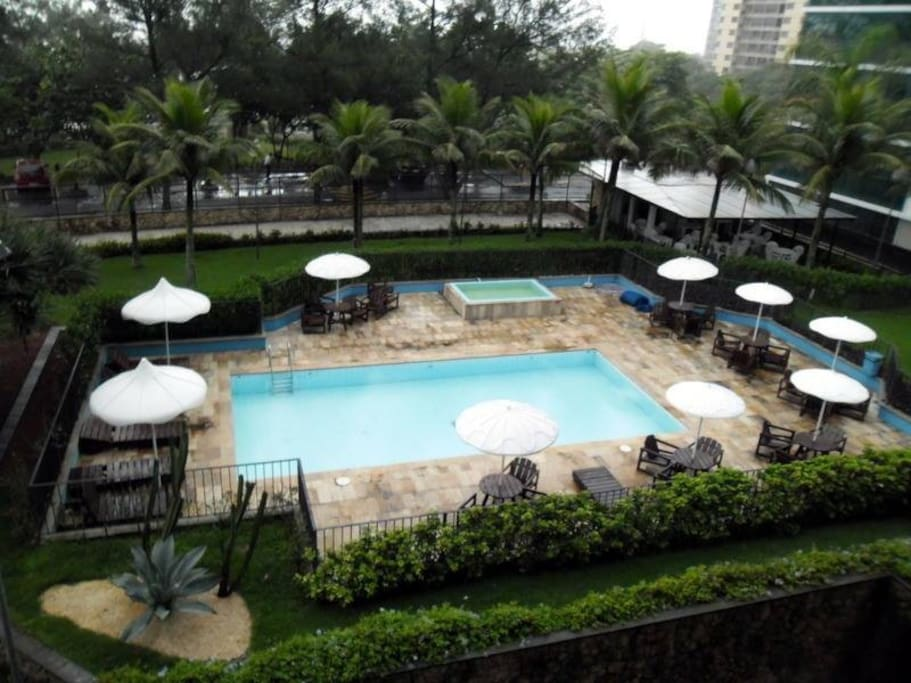 Piscina do Condominio - Condo Swimming pool