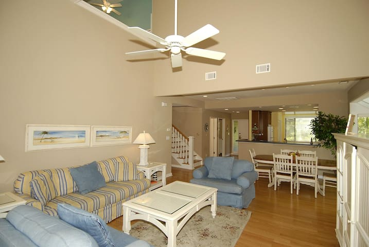 3 bedroom, 3 bath, end-unit townhouse in the Inverness Village section of Palmetto Dunes Resort.