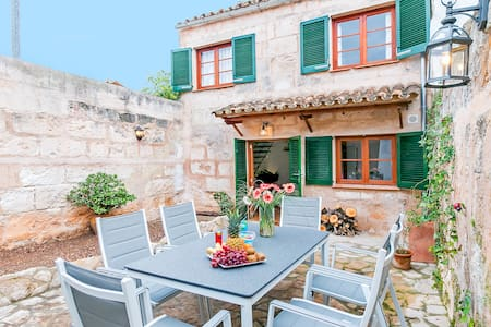 Charming townhouse up 6 people in Muro CPA - Muro - Huis