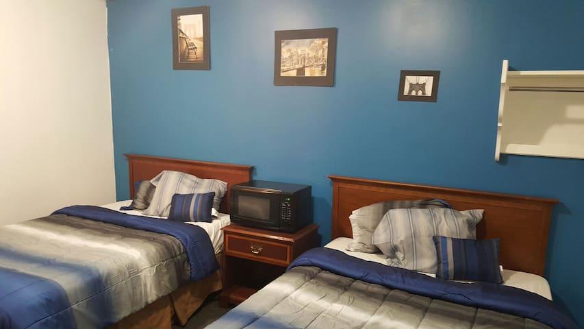 Hayat Motel at Serenity Hideaway - North Tonawanda - Otros
