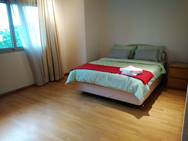 H7.3.2 - Unbeatable 3br in Orchard Road / Town - Singapore - Condominium