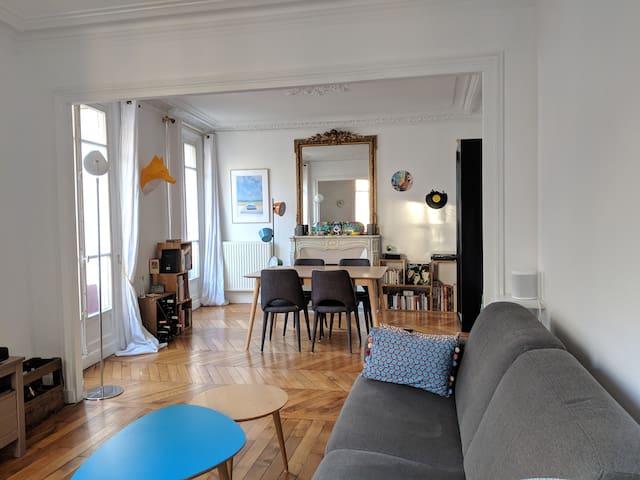 Charming & stylish 2-bedroom flat in Latin Quarter