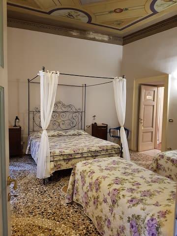 B&B Alba Città Alta Bergamo Quadruple Room