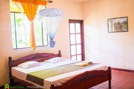 A/c room, 5min walk to city centre - Ratnapura