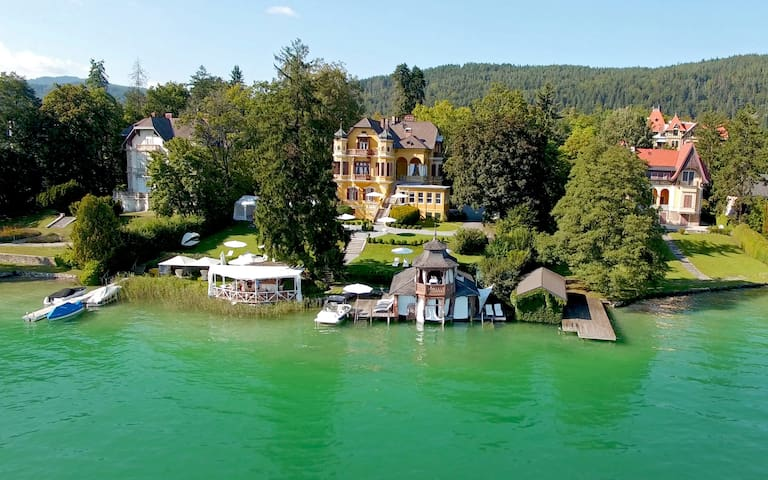 Luxuriöse Wörthersee - Villa mit Seezugang