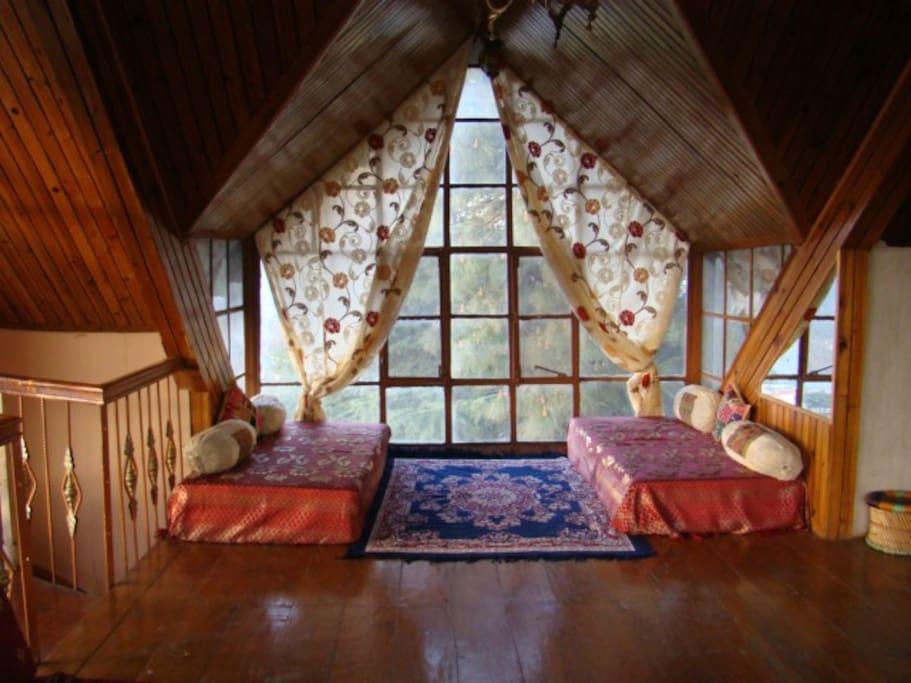 2 floor beds in Brdroom of upper floor.