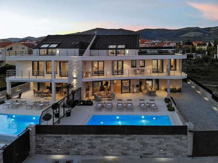Luxury Beachfront Villa Sea Queen - Kastela