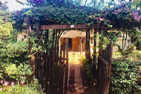 Traditional Kenyan homestead - not for profit - 1